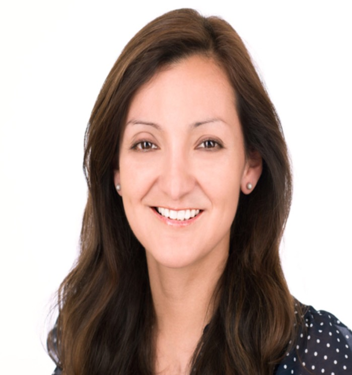 Head shot of Alejandra Ullauri